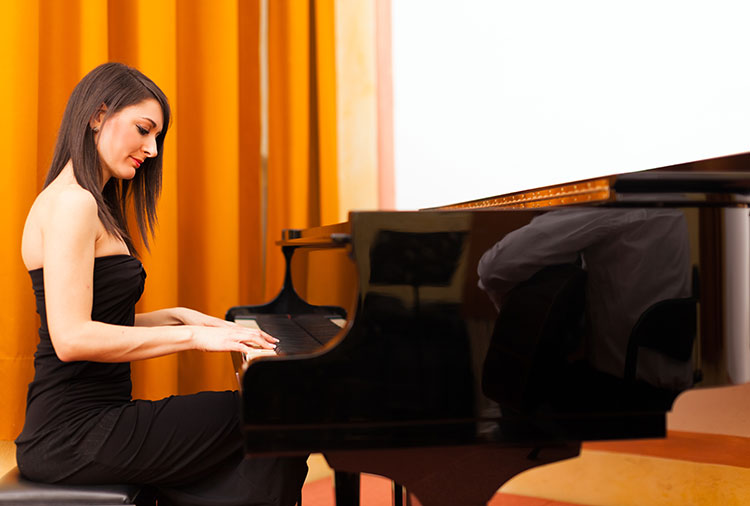 What to expect from your first year of piano lessons