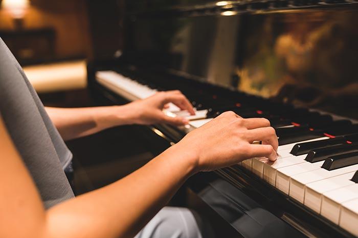 Adult piano beginner